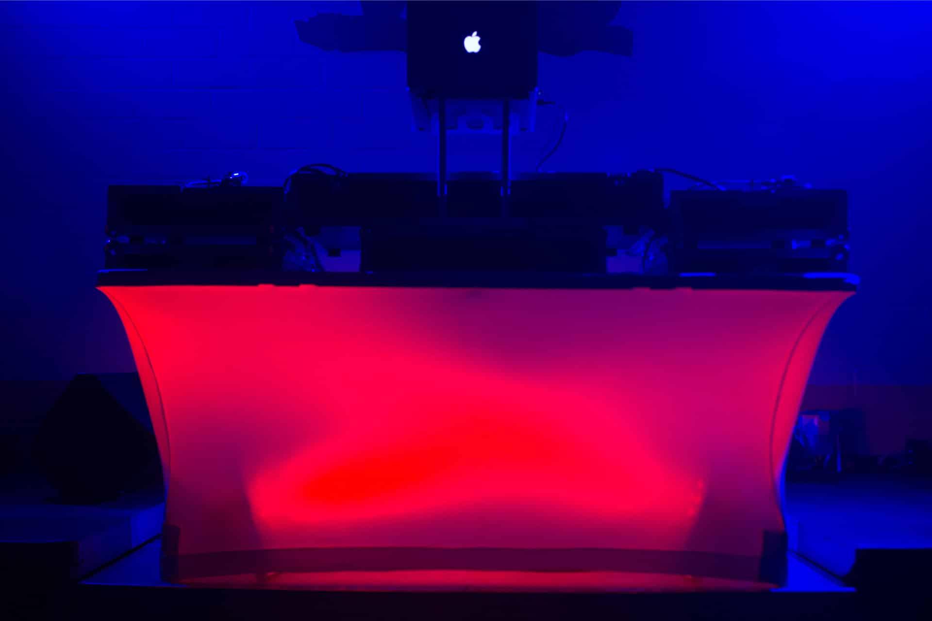 DJ-Tisch 1