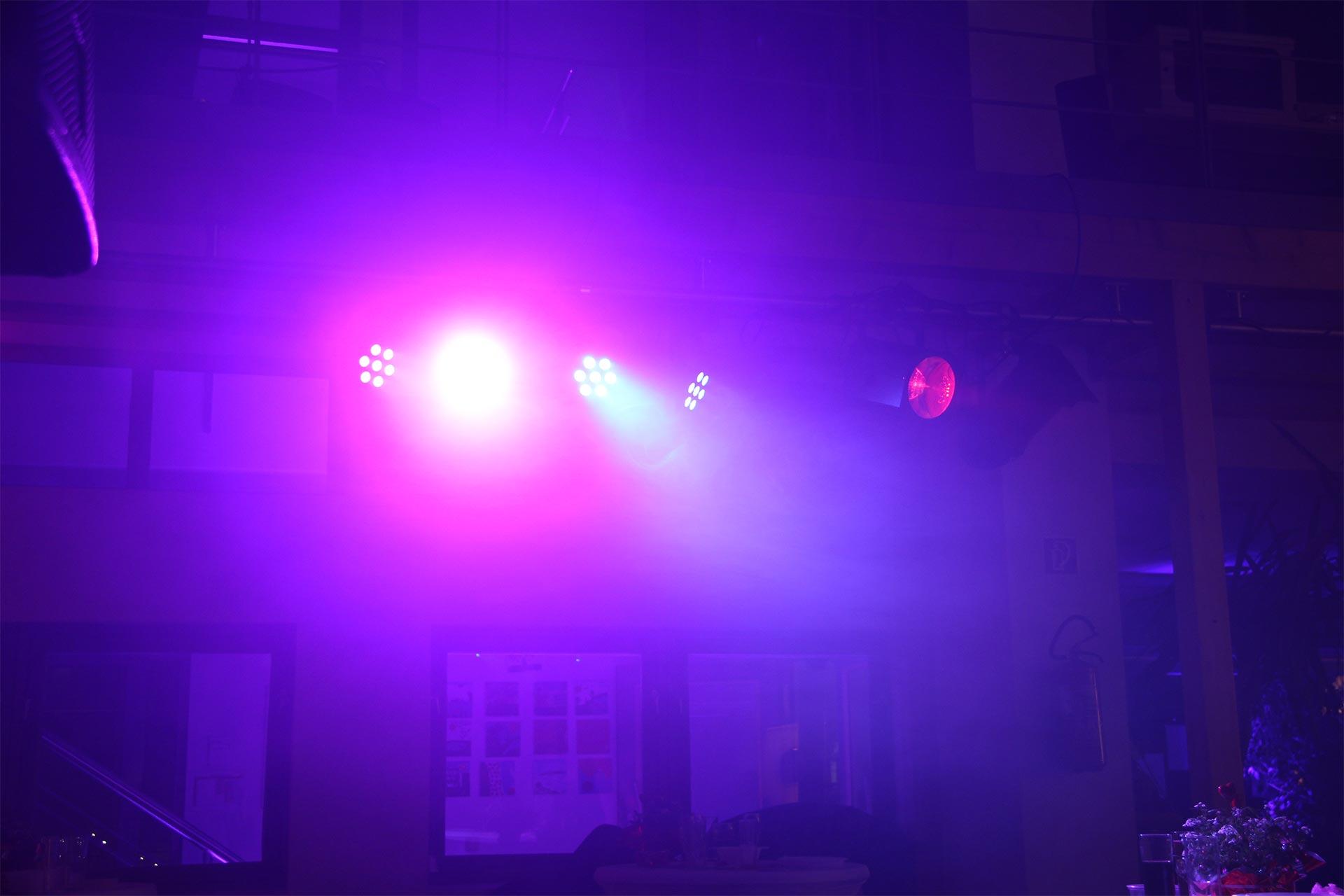 LED-Lichtbahr 3